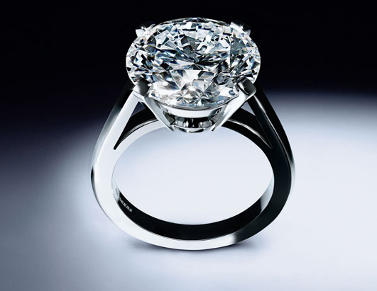 debeers_905ct-round-brilliant-ring