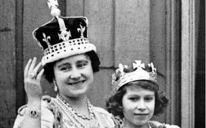 Queen Elizabeth (later Queen Mother) wearing the Koh-I-Noor set in her crown on the balcony of Buckingham Palace, after the coronation of King George VI, with daughter Princess Elizabeth, now Queen Elizabeth II. Photo from Telegraph, UK