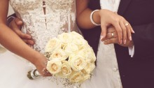 https://www.shutterstock.com/pic-182049293/stock-photo-detail-of-bride-s-roses-bouquet-and-hands-holding.html?src=xUSgw4xWP0sOEEN290eb6w-1-72&ws=1