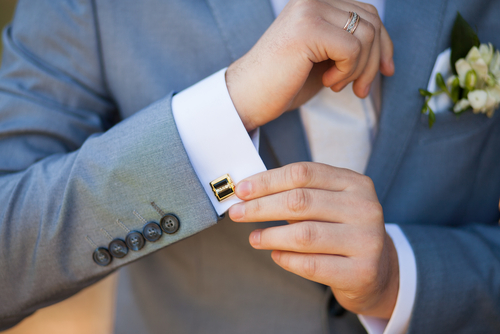 Tips on Wearing Cufflinks