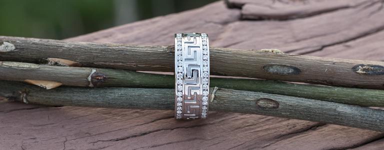 Diamond wb 768x300