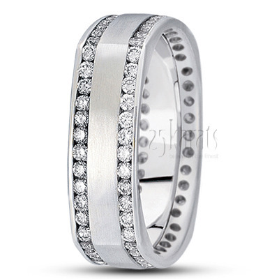 Diamond-classic-round-cut-channel-wedding-band